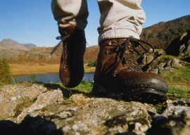 Small_cover_hiking_boots_article_cover_photo